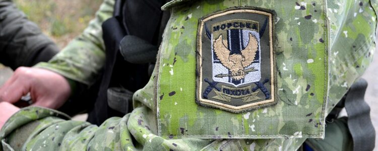 Тюнінг АК передали піхотинцям