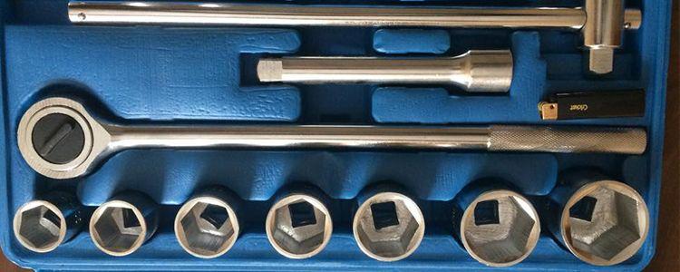 Необхідні інструменти для ремонту техніки
