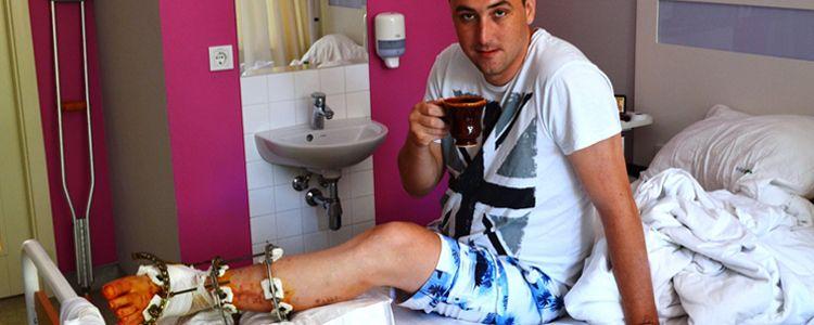 Olexandr undergoes surgery on his foot