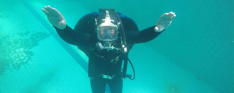 Instructors work out diver training program