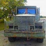 Народний ремонт: волонтери відновили ще кілька військових авто