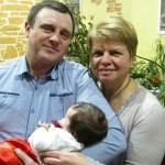 Волонтерка з Іспанії стала хрещеною матір'ю для сина бійця, який бореться з каліцтвом