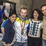 Стіни станції «Олімпійська» вкрили фотографічні постери з зображеннями українських паралімпійців