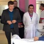 Волонтеры: Чиновники из Минздрава мешают лечить тяжелораненых украинских бойцов