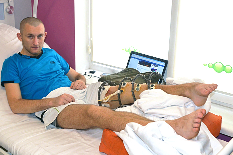 The patient of The Bioengineering Rehabilitation for Wounded Project went home after another surgery | People's project