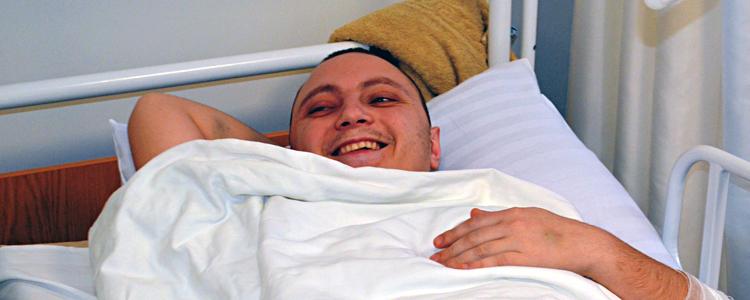 Він вперше посміхнувся! Пацієнт «Біотеху» Ігор святкує День народження