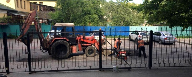 "Thanks to ""Karatyel"" Kharkiv citizens got the road repared"