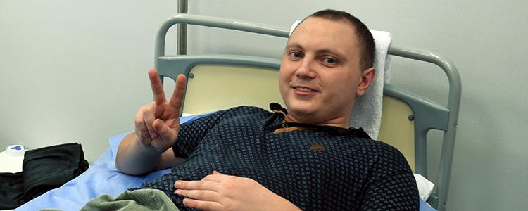 Два роки майже без ноги: «Біотех» успішно відновлює молодого пораненого бійця
