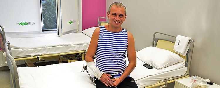 «Біотех» береться лікувати бійця, у якого фактично немає кісток у руці