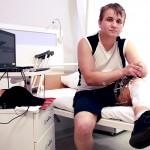 Волонтеры собирают средства на лечение раненого бойца с использованием клеточных технологий