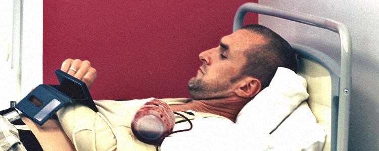 Олександр, який ледь не лишився без руки, пережив додаткову операцію
