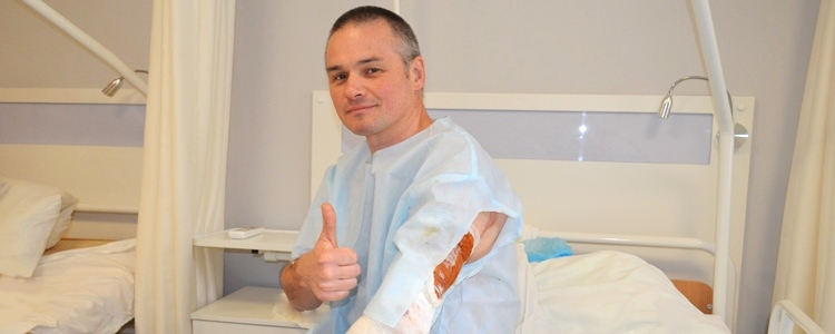 Paratrooper Dmytro's wounded arm turns movable at last