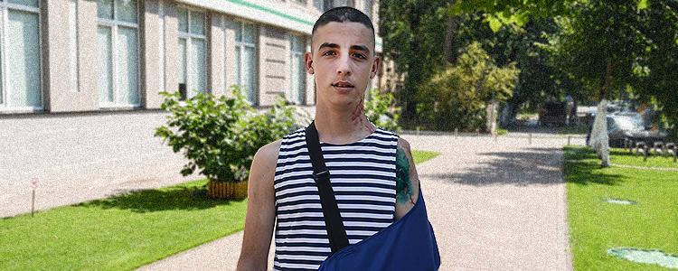 До «Біотеху» долучився новий боєць: поранений юнак потребує допомоги