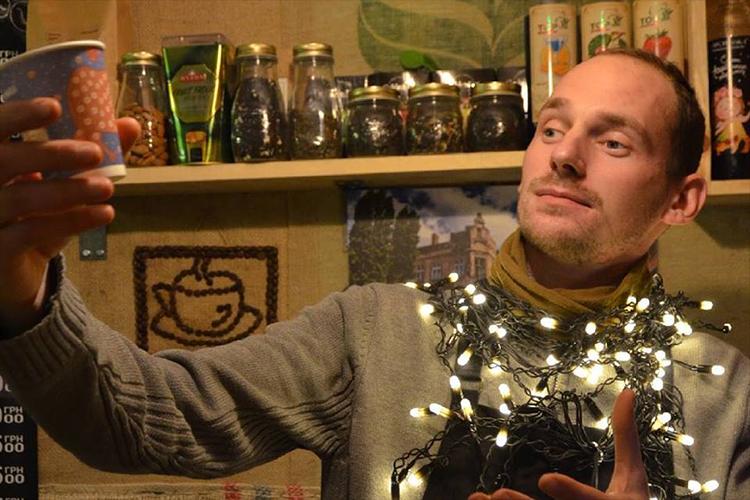 Богдан, коли повернувся з війни, відкрив ветеранську кав'ярню