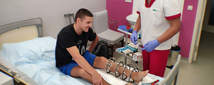 Biotech is restoring young paratrooper's leg