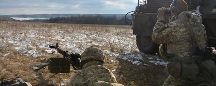 Військові відбили 16 атак бойовиків за добу. Є поранений