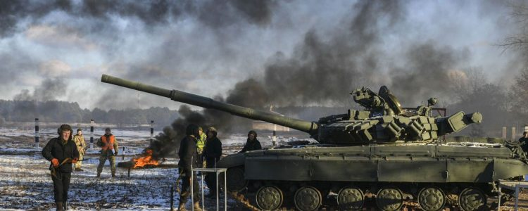 Загострення в ООС: російські снаряди в будинках та поранені військові