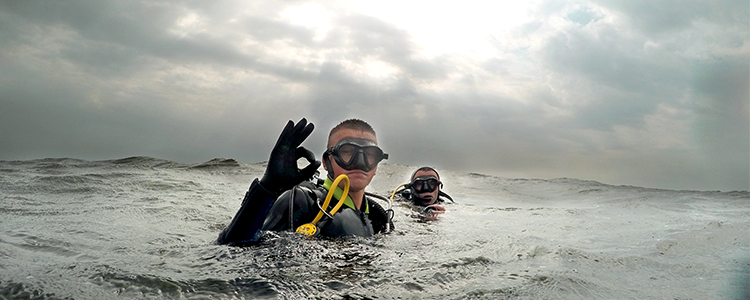 The School of Military Divers: a new stage launched. Helping Airborne Rescuers