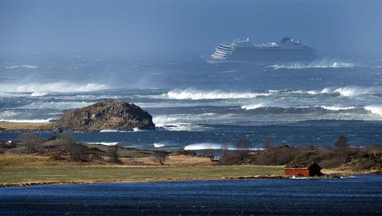 Аварія лайнера поблизу узбережжя Норвегії: як спрацювали рятувальники | People's project