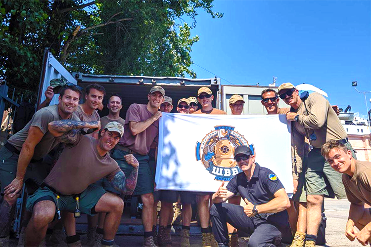 Ukrainian divers make NATO mariners smile in sympathy. PHOTO | People's project