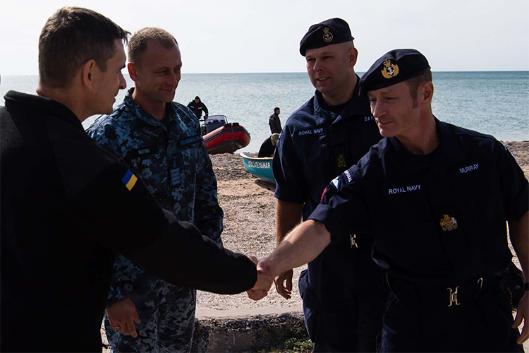 Ukraine trains unique specialists for undersea war | People's project