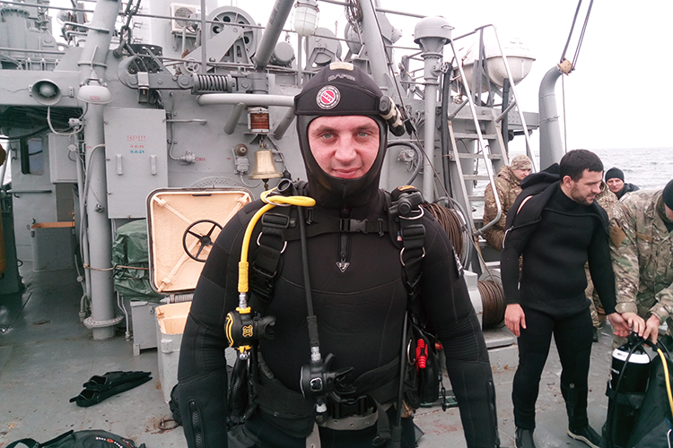 For the first time ever! Recruits dive to a max depth | People's project