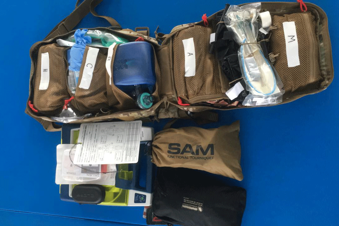 Got a defibrillator at last: we purchase essential equipment for military medics. Come check it out! | People's project